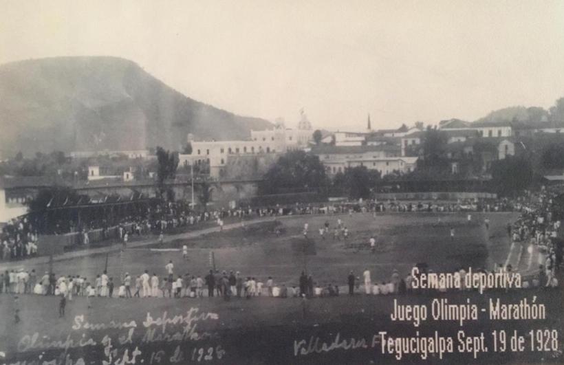 FOTOGRAFÍA SEGUNDO PARTIDO OLIMPIA VS MARATHÓN, 1928.